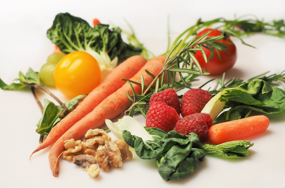 photo of fruits and vegetables to represent health affiliate programs